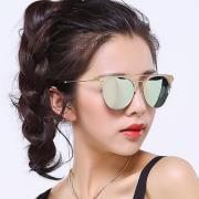 HAN时尚偏光太阳镜HD5823-S24 金框绿片